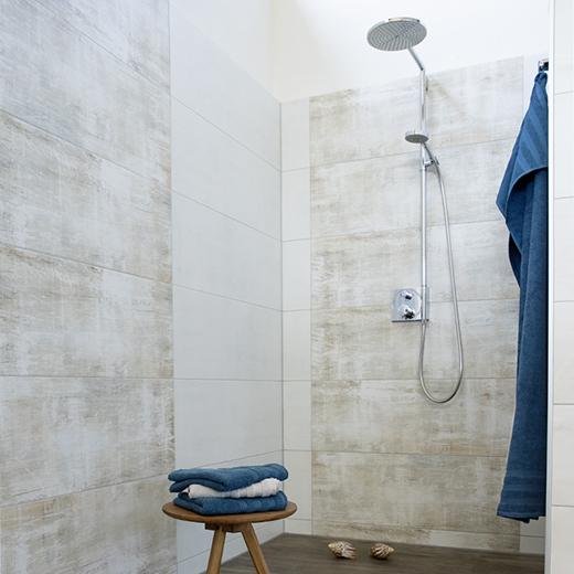 Baeuerle Baustoffe Fliesenausstellung Dusche